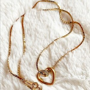 """VINTAGE AVON Sparkling Heart with 20"""" Necklace"""